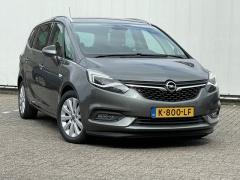 Opel-Zafira-4