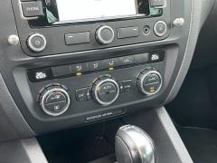 Volkswagen-Jetta-16