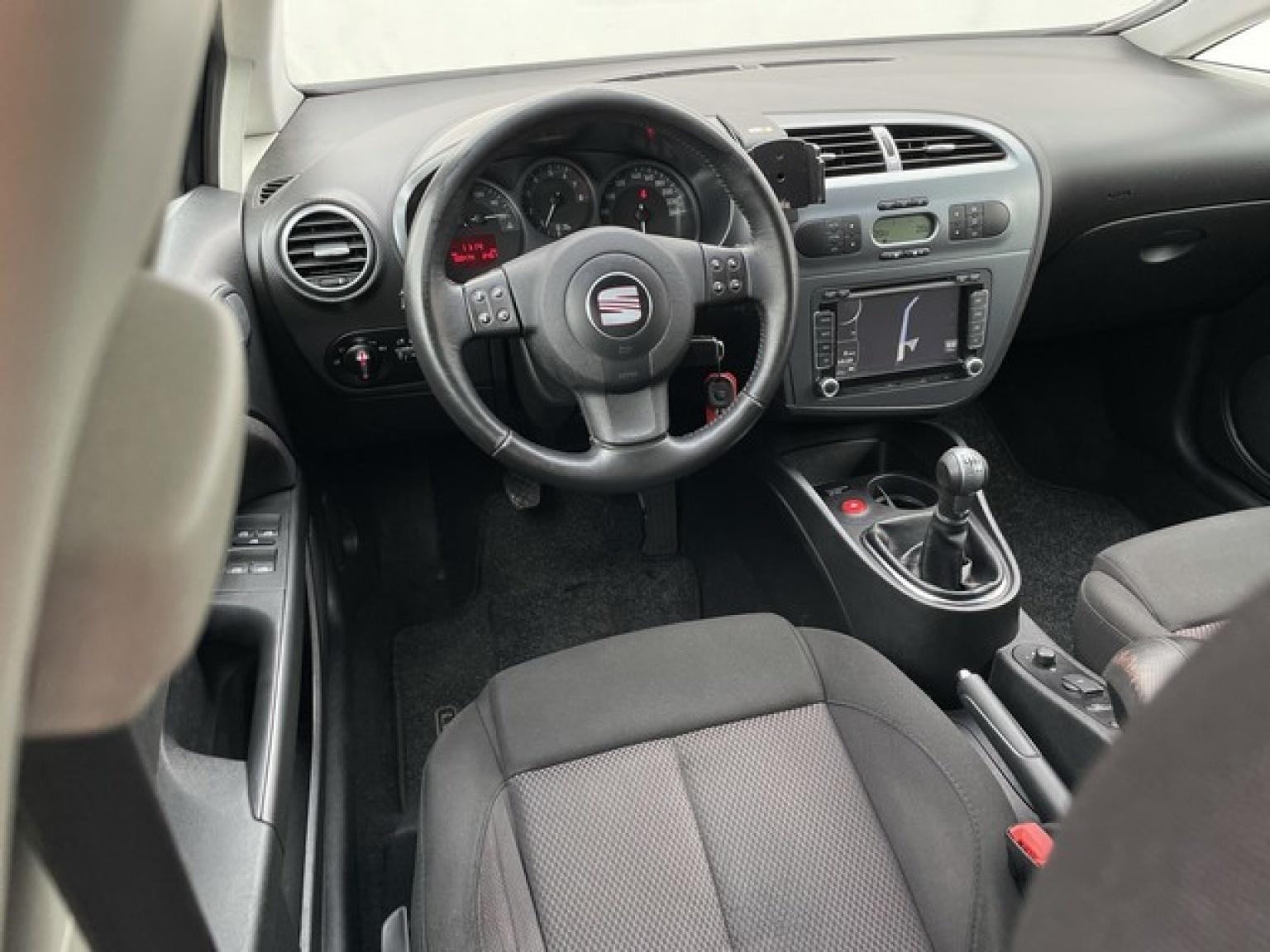 SEAT-Leon-7